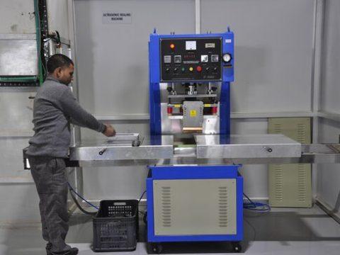 Ultrasonic sealing machine in perfume plant